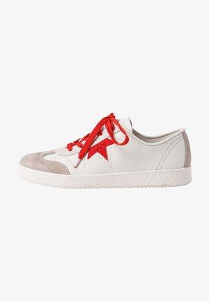 Sneakers - beige comb