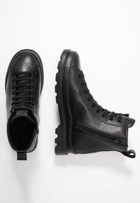 Camper - BRUTUS - Lace-up ankle boots - black - 3