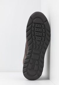 Geox - DAMIAN - Chaussures à lacets - mud - 4