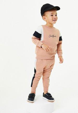 SET - Sweater - pink