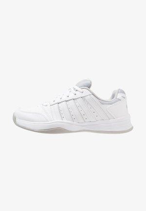 COURT SMASH CARPET - Carpet court tennis shoes - white/navy