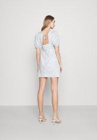 Fashion Union - POSITANO DRESS - Kjole - white - 2