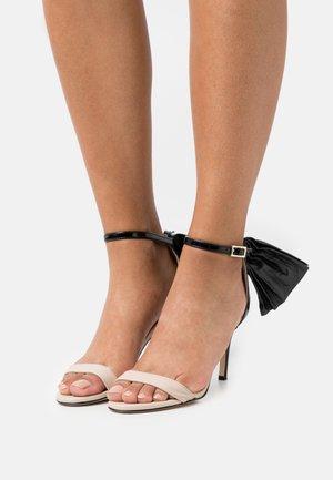 PALMA  - Sandaletter - nude/black