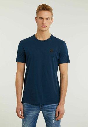 APPOLLO - Basic T-shirt - blue
