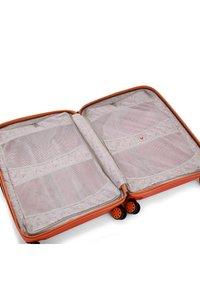 Roncato - BOX YOUNG - Wheeled suitcase - papaya - 4