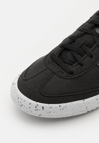 adidas Originals - JEANS UNISEX - Sneakersy niskie - black/solid grey/white - 5