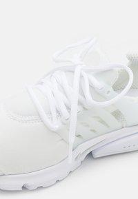 Nike Sportswear - AIR PRESTO - Sneakers - white/pure platinum - 5