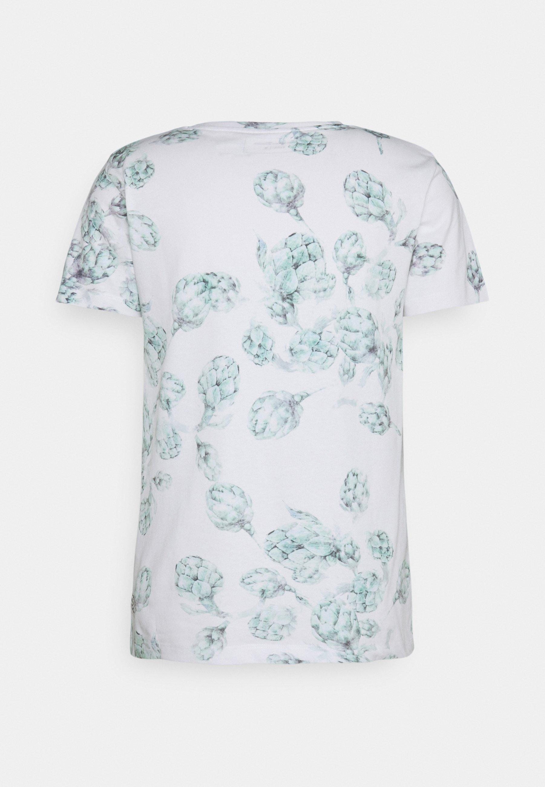 Men ALLOVER FOTOPRINT - Print T-shirt - white