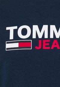 Tommy Jeans - LONGSLEEVE LOGO UNISEX - Maglietta a manica lunga - twilight navy - 2
