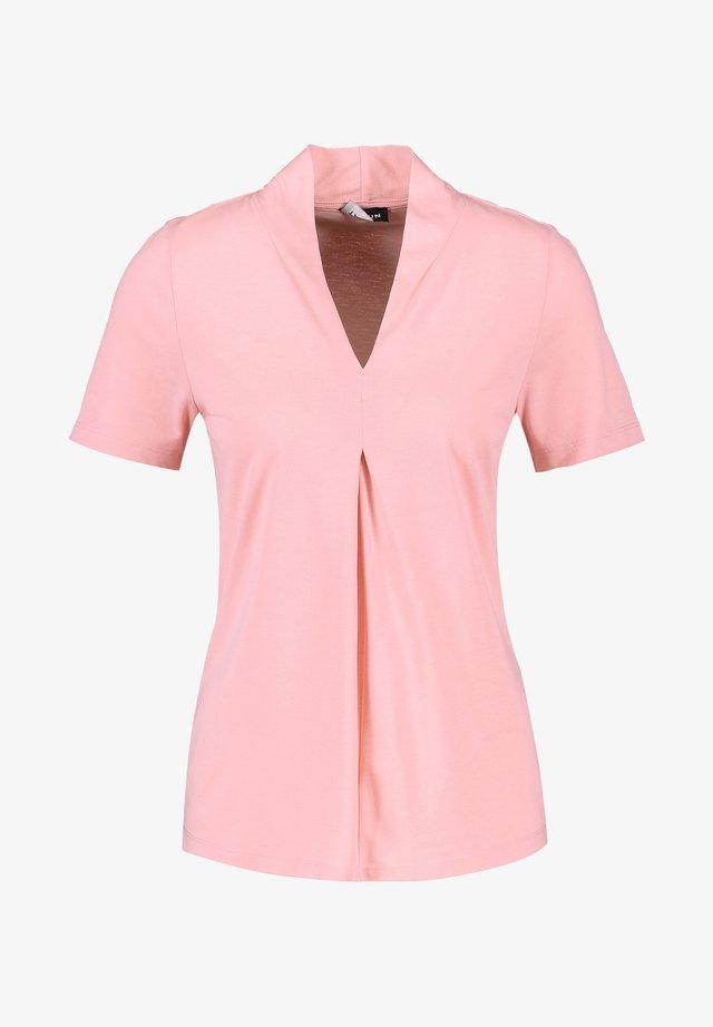 MIT V-AUSSCH - T-shirt imprimé - candy rose