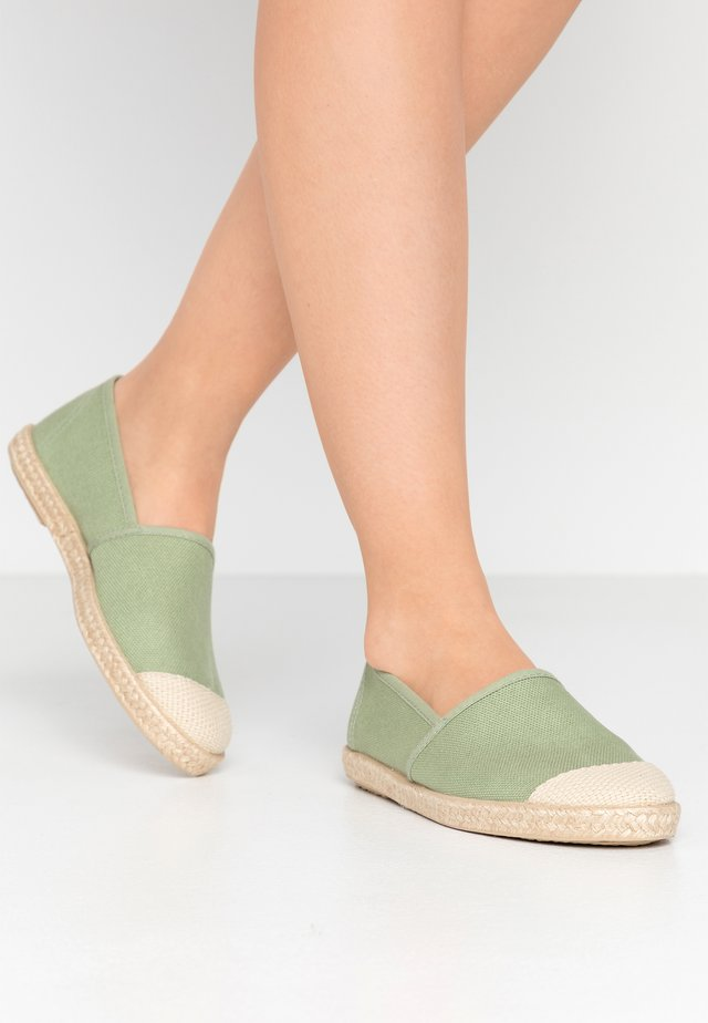 EVITA PLAIN PARIS - Espadrillot - mint