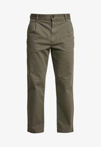 MCCAHON PANT - Chino kalhoty - grape leaf