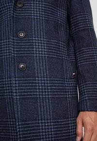 Tommy Hilfiger Tailored - UNLINED CHECK OVERCOAT - Manteau classique - blue - 4