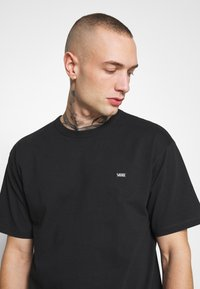 Vans - OFF THE WALL CLASSIC - T-shirt basic - black - 3