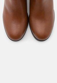 Anna Field - Boots à talons - cognac - 5