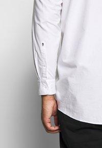 Seidensticker - COMFORT FIT - Shirt - white - 5