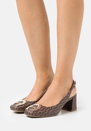 GRAZIA  - Classic heels - fango