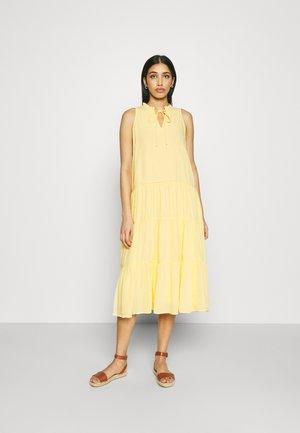 YASVELO MIDI DRESS - Korte jurk - pale banana