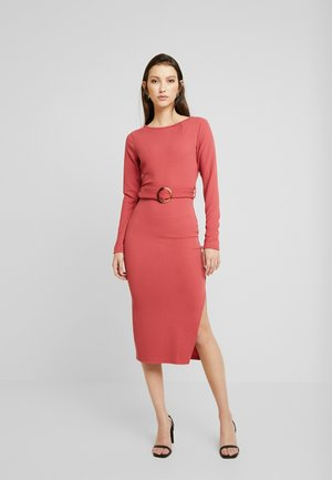 Shift dress - dusty raspberry