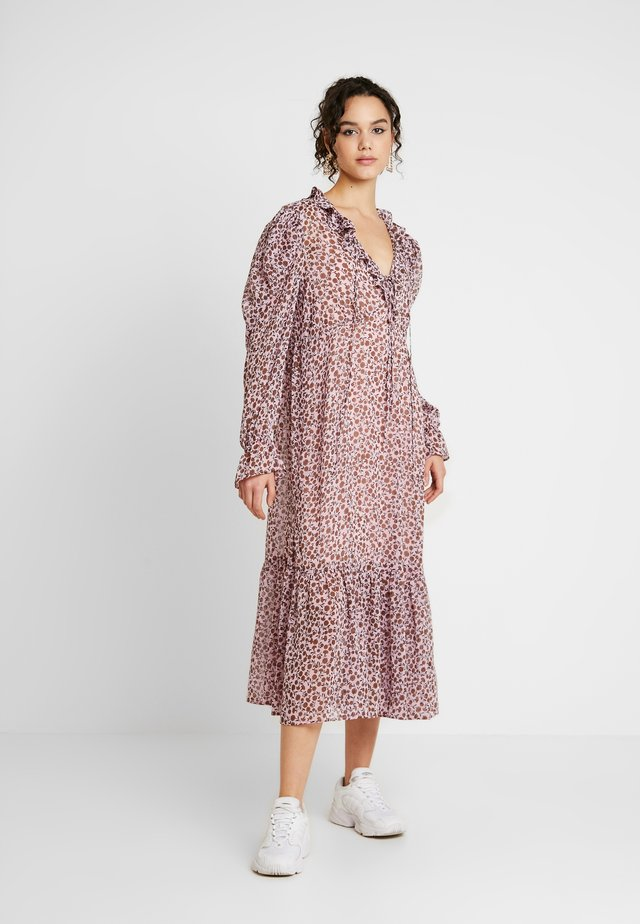 FLORAL PINTUCK SMOCK - Day dress - pink