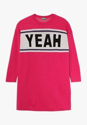 DRESS - Jumper dress - pink