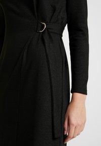 Great Plains London - TAMARA TIE - Jumper dress - black/gold - 6