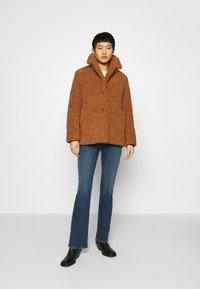 Banana Republic - COLLAR JACKET - Winter coat - toasted marshmallow - 1