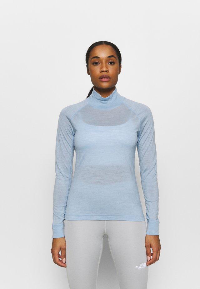 ACTIVIST TURTLENECK  - T-shirt sportiva - husky blue