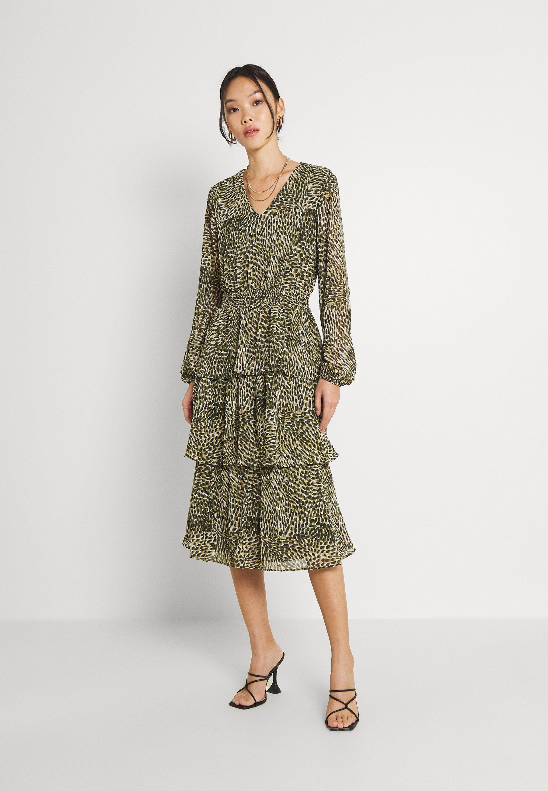 Women VIFULLA V-NECK DRESS - Day dress