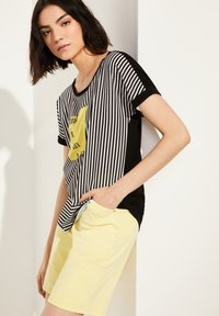 comma casual identity - Blouse - black stripes placed wording - 0