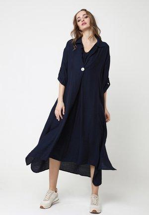 GILBERTA - Shirt dress - blau