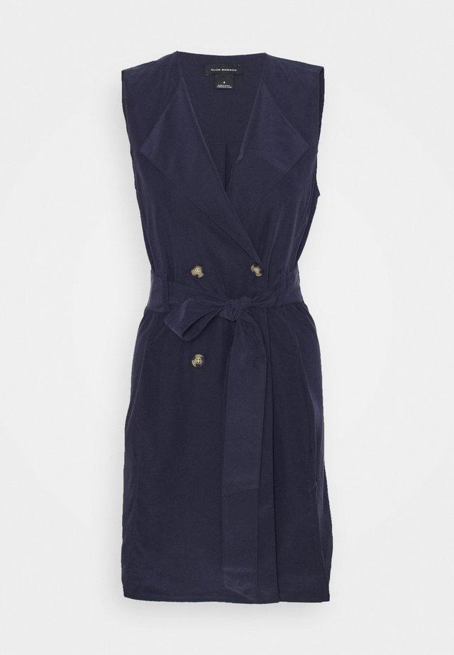BELTED WRAP DRESS - Tubino - blueberry