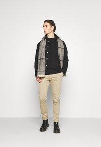Newport Bay Sailing Club - BORG TRUCKER - Denim jacket - black - 1