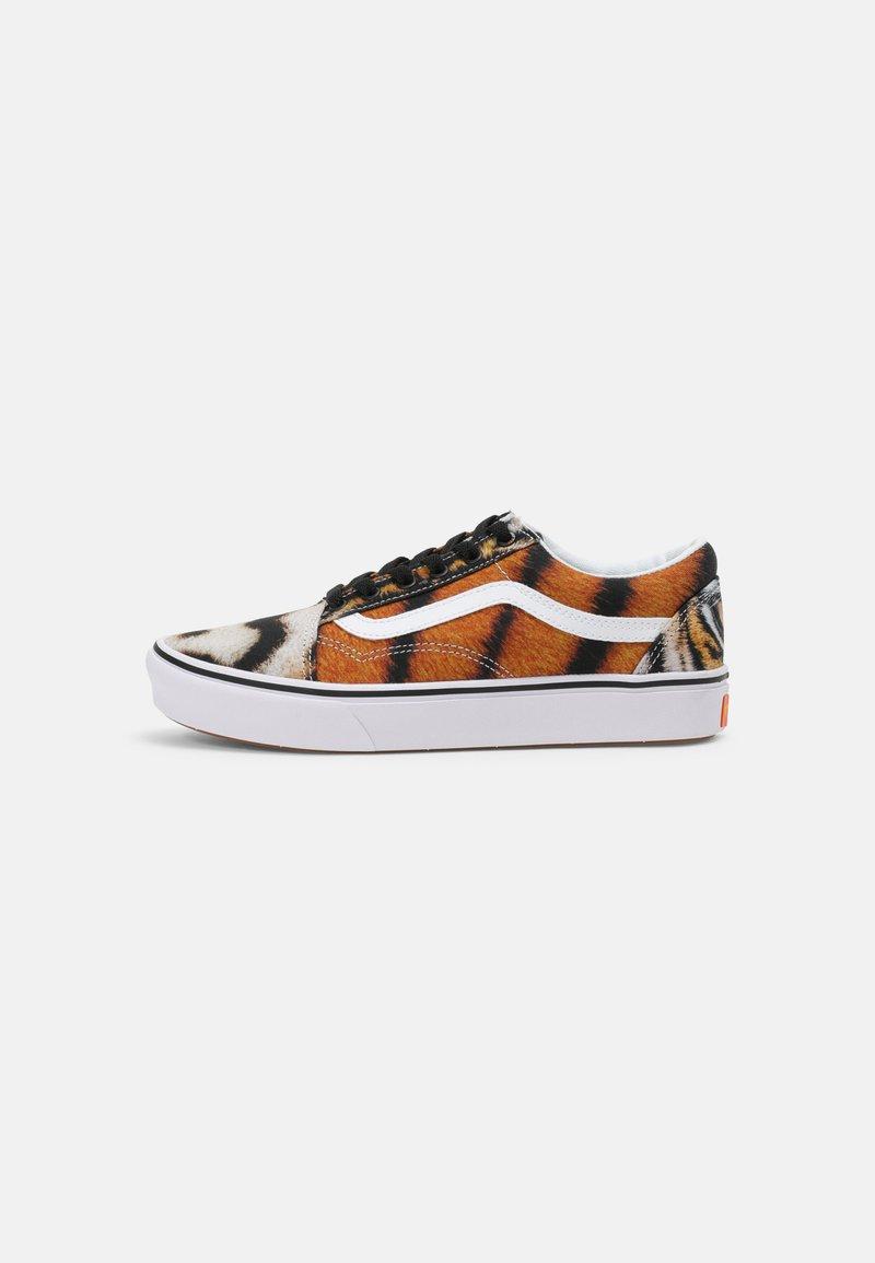 Vans - COMFYCUSH OLD SKOOL UNISEX - Sneakers laag - multi