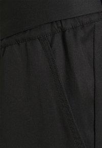 Noppies - PANTS DENVER - Kalhoty - black - 2