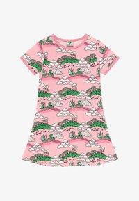 Småfolk - TRAIN - Jersey dress - coral blush - 2