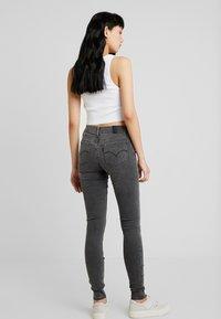 Levi's® - 710 INNOVATION SUPER SKINNY - Jeans Skinny Fit - word on the street - 2