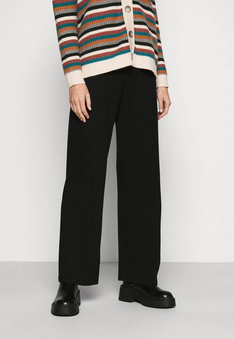 ONLY - ONLLIZA WIDE PANTS - Trousers - black