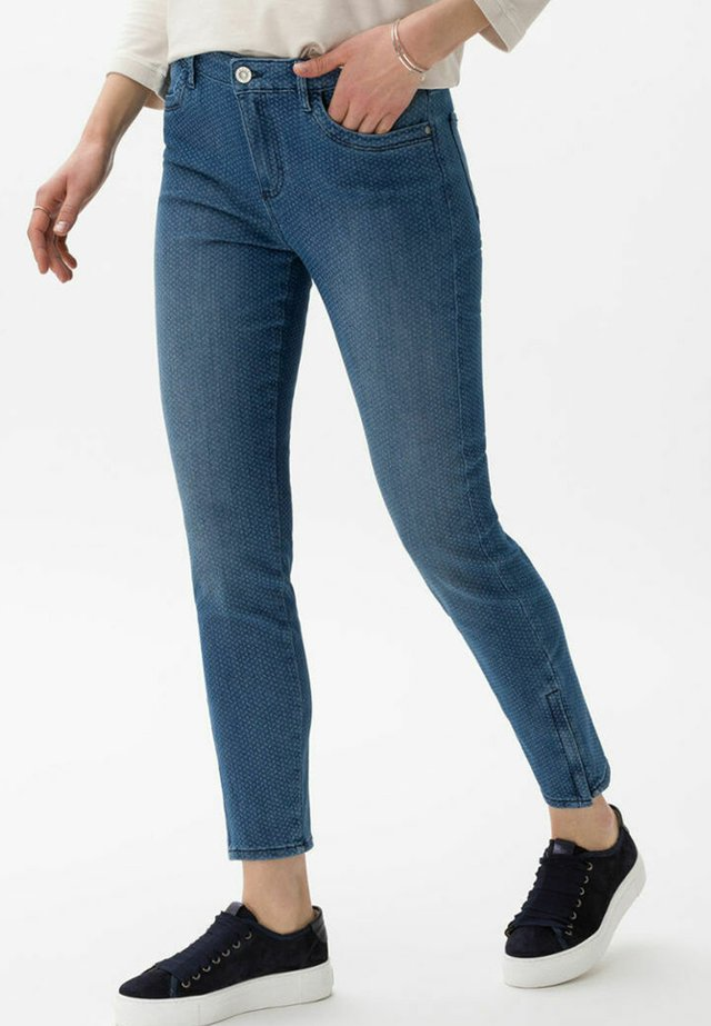 STYLE SHAKIRA S - Jeans Skinny Fit - used laser blue