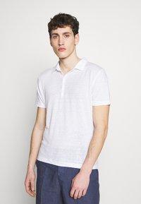 120% Lino - Polo shirt - white solid - 0