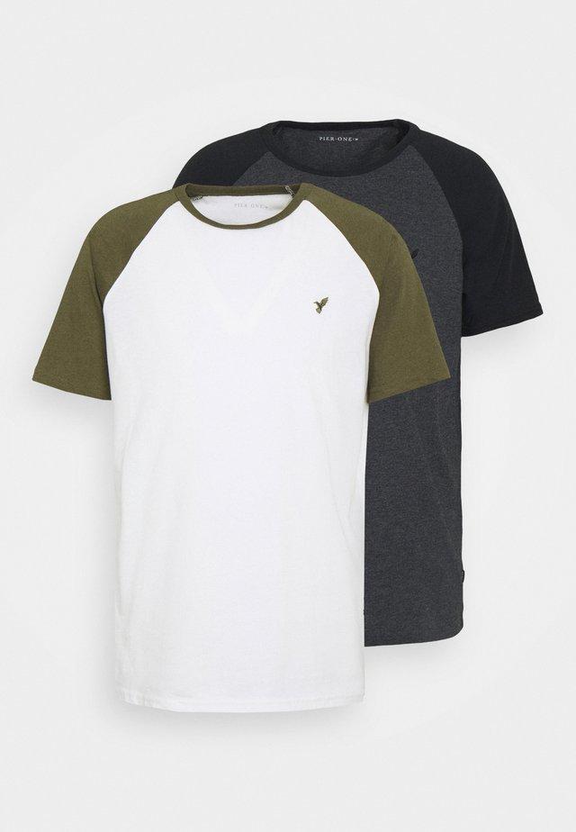 2 PACK - T-shirts basic - white/khaki
