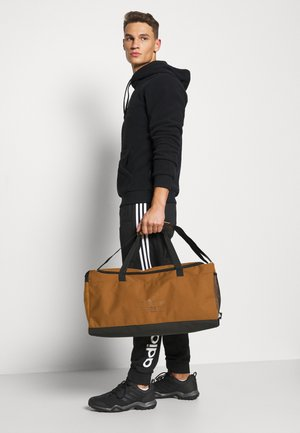 BRILLIANT BASICS SPORTS DUFFEL BAG UNISEX - Sportstasker - mesa/mesa/black