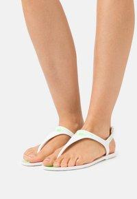 F_WD - Sandály s odděleným palcem - white - 0