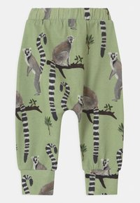 Walkiddy - LEMUR BAGGY - Trousers - green - 1