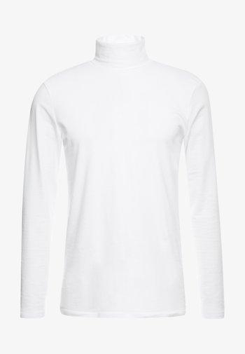 LONGSLEEVE TURTLENECK  - Long sleeved top - white