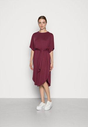 Žerzejové šaty - red dark