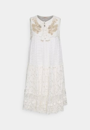 REGGAE DRESS - Denní šaty - off white