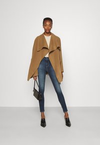 AG Jeans - MILA - Skinny-Farkut - staf - 1