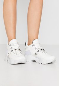 Colors of California - Trainers - white - 0
