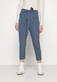 ONLY - ONLFRESH PAPERBAG PANT  - Kalhoty - bering sea - 0